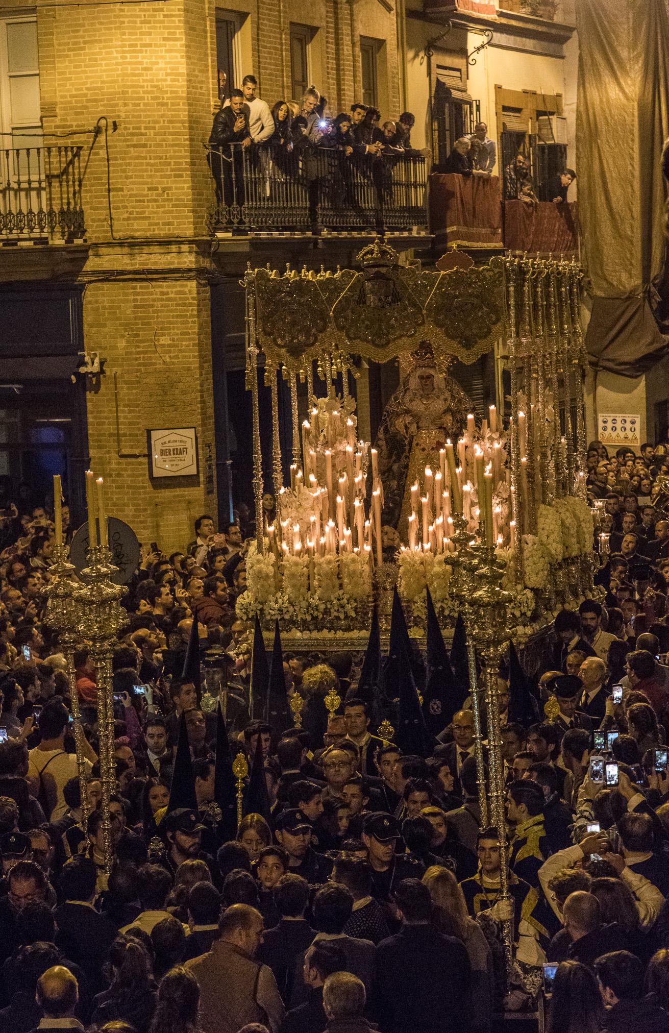 Sevilla Procesión de la Macrena 2